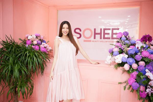 Lần đầu tiên sau nhiều năm, Hồ Ngọc Hà quyết định làm đại sứ cho 1 thương hiệu sắc đẹp Hàn Quốc