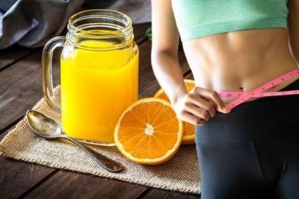 Sự thật uống nước cam với mật ong có giảm cân không?